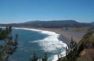 Buchupureo, en la comuna de Cobquecura, región de Ñuble, es una de las zonas donde se han ingresado solicitudes para cultivar salmones (Foto: Portalviajero.cl)