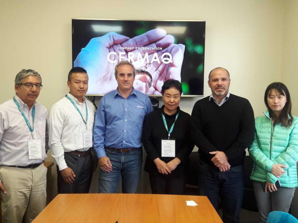 Periodistas chinos visitaron planta salmonicultora