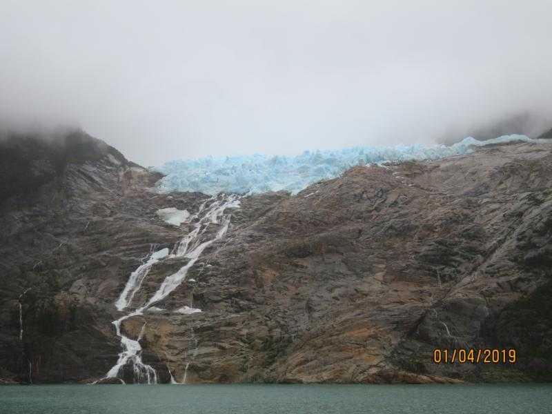 Caracterizan aguas del río Serrano en Torres del Paine