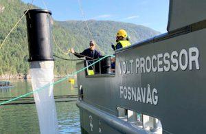 """Califican de """"revolucionario"""" nuevo colector para desparasitar salmones"""