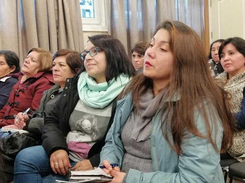Analizan rol de la mujer en la pesca artesanal y el desarrollo de productos con valor agregado