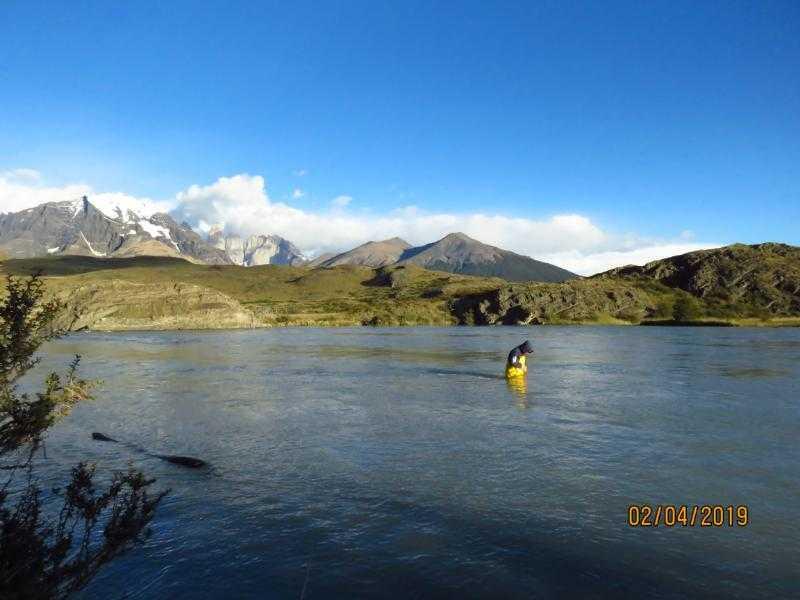 Caracterizan aguas del río Serrano en Torres del Paine1