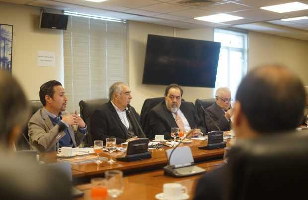 Autoridades de Cancillería y Economía abordan alcances del TPP11 con representantes de pymes