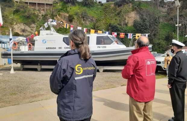 Sernapesca recibe primera embarcación con dedicación exclusiva para fiscalizar la acuicultura
