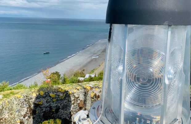 Directemar: Centro Zonal de Puerto Montt finaliza la instalación de equipos que aumentan la eficiencia de la señalización marítima