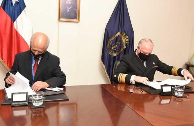 Instituto de Fomento Pesquero y la Directemar firman convenio de cooperación2