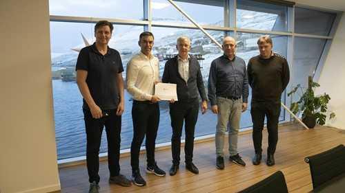Glyvradal: Bakkafrost firma contrato con Nofitech para expandir piscicultura