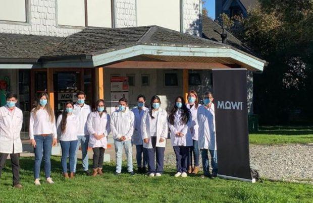 Laboratorio Mowi cumple un año analizando Covid-19 para la comunidad