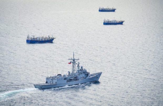 La Armada asegura que pesqueros chinos abandonan aguas nacionales (foto Armada de Chile)